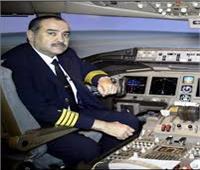 وزير الطيران: أنا «كابتن فقط» عند قيادة الطائرة وهذا شرف كبير لي