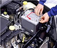 هل تؤثر درجات الحرارة المرتفعة على بطارية السيارة؟
