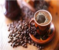 استشاري التغذية ينصح بشرب الماء بعد القهوة.. لهذا السبب