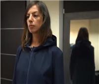 للقضاء على التباعد.. تصميم «معطفا» للوقاية من كورونا| فيديو