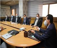 وزير الرياضة ورئيس الدولي لليد يجتمعان باللجنة المنظمة لبطولة العالم لليد