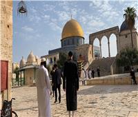 مستوطنون إسرائيليون يقتحمون المسجد الأقصى وشرطة الاحتلال تدنس الجامع القبلي
