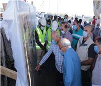 وزير النقل يتابع أعمال تنفيذ 3 محاور على النيل بأسوان