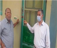 صور| غلق وتشميع عيادة «طبيب الفرخة ليسكي» بالبحر الأحمر