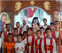 الأنبا باسيليوس يزور كنيسة مار جرجس الأقباط الكاثوليك بنزلة خاطر