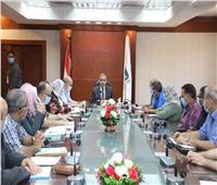 محافظ سوهاج يعقد اجتماعا مع وحدة التنفيذ المحلية لمشروعات برنامج «تنمية صعيد مصر»