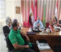 وكيل وزارة التضامن الاجتماعى بالقليوبية يجتمع مع فريق الوحدة المتنقلة