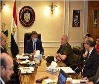«وزير قطاع الأعمال» يستعرض موقف تطوير 3 محالج قطن في الشرقية والغربية والبحيرة