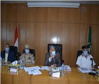محافظ المنيا يشدد على متابعة الإجراءات الاحترازية لمواجهة فيروس كورونا