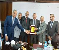 مجلس «هندسة طنطا» يكرم عمداء الكلية السابقين