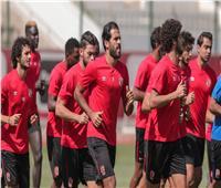 جلسة بين فايلر وسيد عبد الحفيظ على هامش مران الأهلي