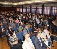 مصرللطيران تنظم أول اجتماع للضيافة وجميع المتعاملين مع الطائرة