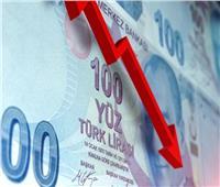 الليرة التركية تهوي في أدنى مستوياتها أمام الدولار واليورو