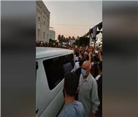 بالفيديو..الآلاف يشيعون جثمان محمد فريد خميس بحضور الوزراء ورجال الأعمال
