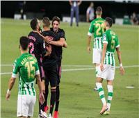 فيديو| ريال مدريد يقتنص أول 3 نقاط في الليجا من «أنياب» بيتيس