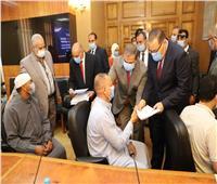 وزير القوى العاملة يوزع 91 عقد عمل على ذوي القدرات الخاصة