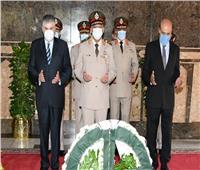 الرئيس السيسي يجتمع بمستشاره للتخطيط العمراني ورئيس الهيئة الهندسية للقوات المسلحة