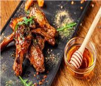 «أرجل الدجاج» كنز غذائي مدفون في القمامة!