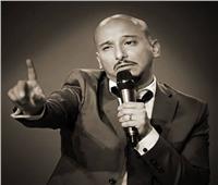 خالد منصور معلق كوميدي في «يلا نتعشى»