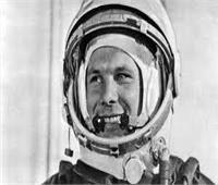 بعد إهداء روسيا التمثال لوكالة الفضاء المصرية.. من هو الرائد جاجارين؟