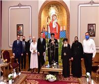 البابا تواضروس يستقبل وزير خارجية المجر