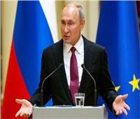 بوتين يعلن تطعيم غالبية قيادات وزارة الدفاع ضد فيروس كورونا
