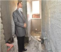 محافظ أسيوط يتفقد أعمال تجديد الوحدة الصحية بقرية عواجة بديروط