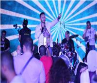 صور| حمادة هلال يحيى حفل «ملكات وملوك الأطفال» بالزمالك