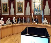 محافظ القاهرة يستقبل ممثلي البرنامج الرئاسي لتأهيل التنفيذيين للقيادة