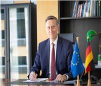 رئيس ألمانيا يمنح السفير بدر عبد العاطي وساما تقديرا لاسهاماته في تعزيز التعاون مع مصر