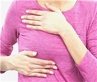 استشاري أورام يكشف اسباب حدوث مرض سرطان الثدي