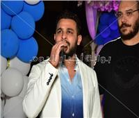 صور| محمد رشاد يُشعل حفل مدينة ٦ أكتوبر بالأغاني الوطنية