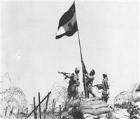 فيديو| محمد العباسي.. قصة أول مقاتل مصري يرفع علم مصر بـ«حرب أكتوبر»