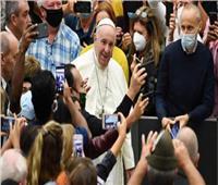 البابا فرنسيس يلقي عظته بالفاتيكان