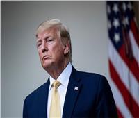فيسبوك يحذف منشورا للرئيس ترامب وتويتر يخفيه