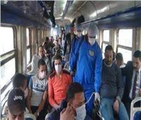 «أمن السكة الحديد» يمنع الركاب من دخول محطة مصر بدون «كمامات»