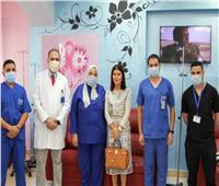 بالصور: جومانا مراد في زيارة لمستشفى الثدي