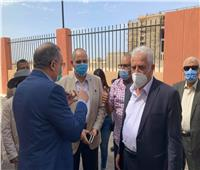 محافظ جنوب سيناء يتفقد مشروع إنشاء 496 وحدة إسكان إجتماعي