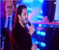 حفل الجلالة| مصطفى حجاج يتألق بـ«ابن مصر» و«خطوة»