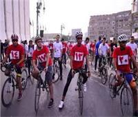 المحافظون يوزعون شهادات تقدير ومبالغ مالية على الفائزين في ماراثون الدراجات