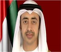 وزيرا خارجية الإمارات وماليزيا يبحثان العلاقات الثنائية وجهود احتواء «كورونا»