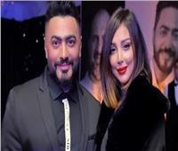 شاهد| تامر حسني يحرج شخصا حاول تصوير زوجته