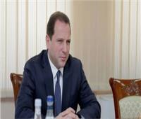 وزير الدفاع الأرميني يبحث مع الصليب الأحمر إجراءات تبادل الأسرى مع أذربيجان