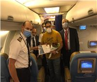 مصر للطيران تستأنف رحلاتها لمطار دبي من برج العرب