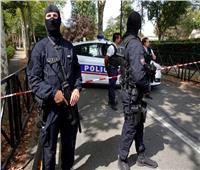 العشرات يهاجمون مركزا للشرطة في إحدى ضواحي باريس