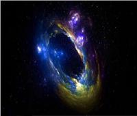 فيديو| علماء يؤكدون وجود «جرم صغير ينطوي على عالم كبير» داخل ثقب أسود
