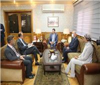 وزير الشباب يلتقى ممثلي منظمة اليونيسف ويتفقد معرضاً لمنتجات برنامج «مشواري»