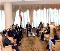 العراق يرحب بمشاركة الشركات المصرية في مشروعات إعادة الإعمار