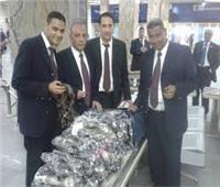 ضبط محاولة تهريب عدد من الهواتف المحمولة في مطار القاهرة