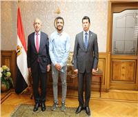 «صبحي» يبحث التعاون مع رئيس الأكاديمية العربية للعلوم والتكنولوجيا